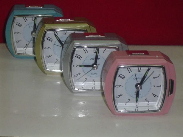 Importador de Relojes PT 109 Distribuidor de pilas, relojes, baterias