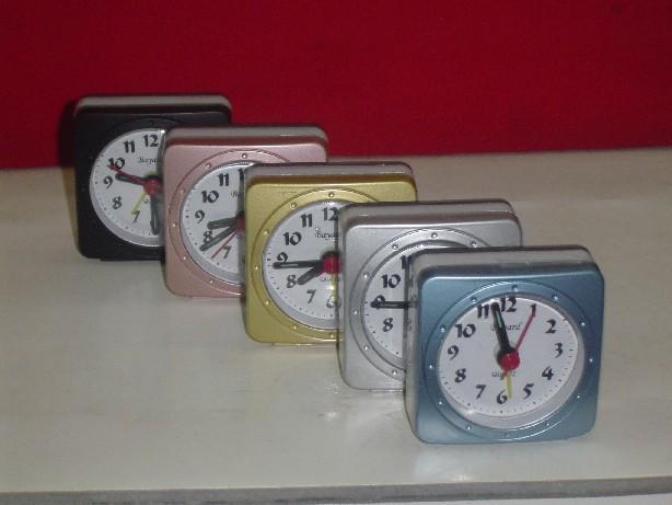 Importador de Relojes RT 03 Distribuidor de pilas, relojes, baterias
